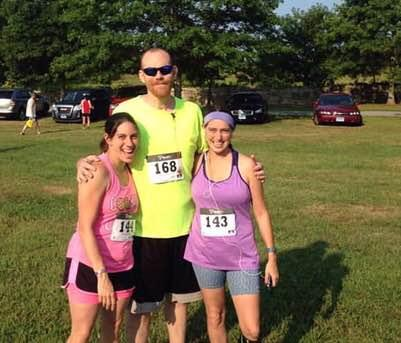 Family Runs In Turkey Trot Fundraiser