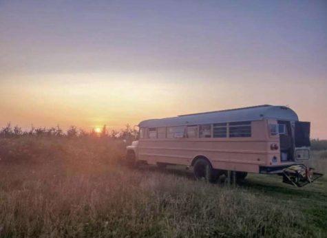 Eden Hart - Bus Life